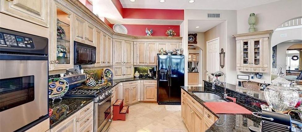 1281 Tree Bay Lane 3 kitchen.jpg