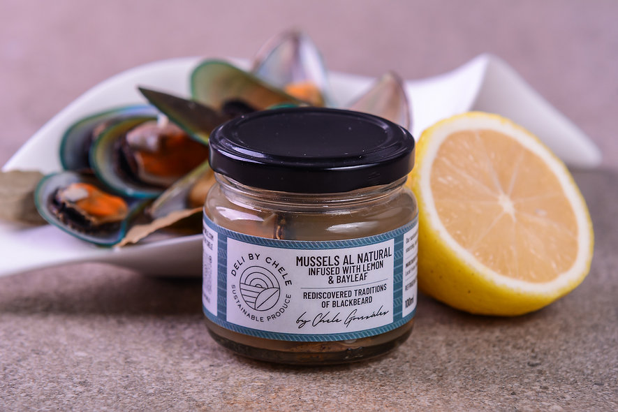 Mussels al Natural infused with Lemon and Bayleaf