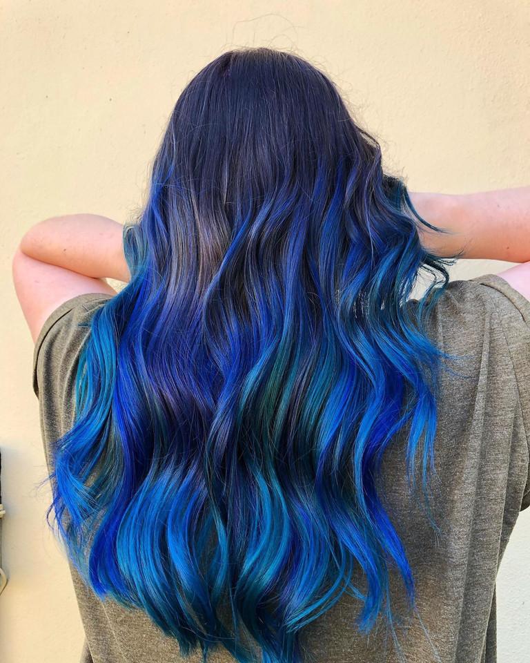 long blue hair .jpg