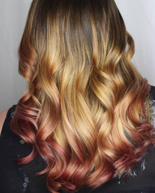 ⚘⚘Throwback... because this rose gold is tooooo good not to repost it!  Haircolororlando.jpg