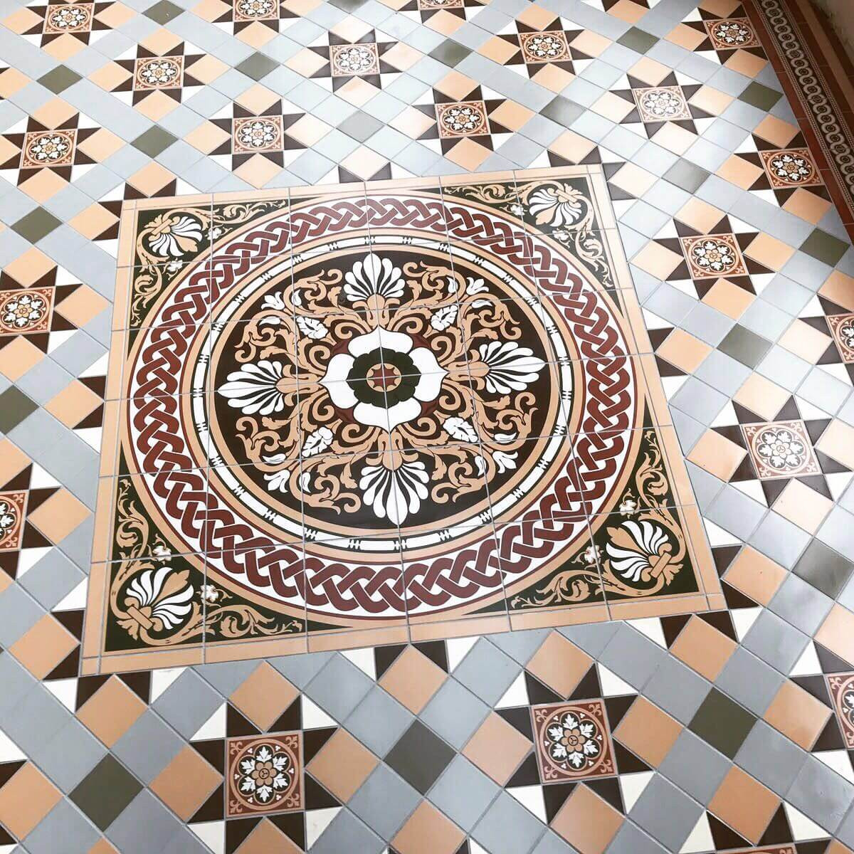 Victorian floor tiles 1 uk harp ceramics original style blenheim pattern dailygadgetfo Image collections