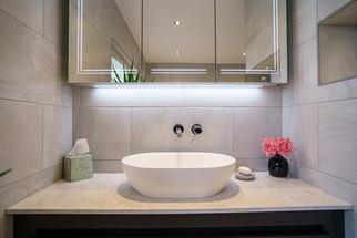 Tiles, Bathrooms & Accessories