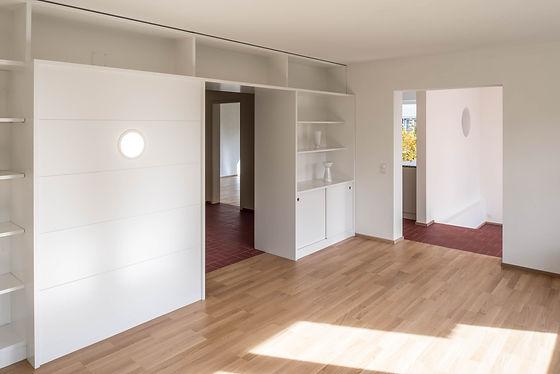 Martin Dubach Architekt und Katrin Gurtner Architektin gud Architekten Buchdruckerweg Wohnzimmer.jpg