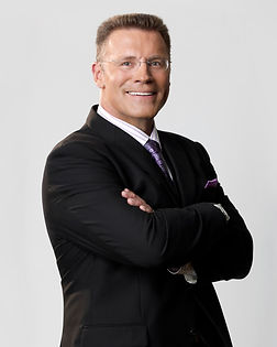 howie long.jpg