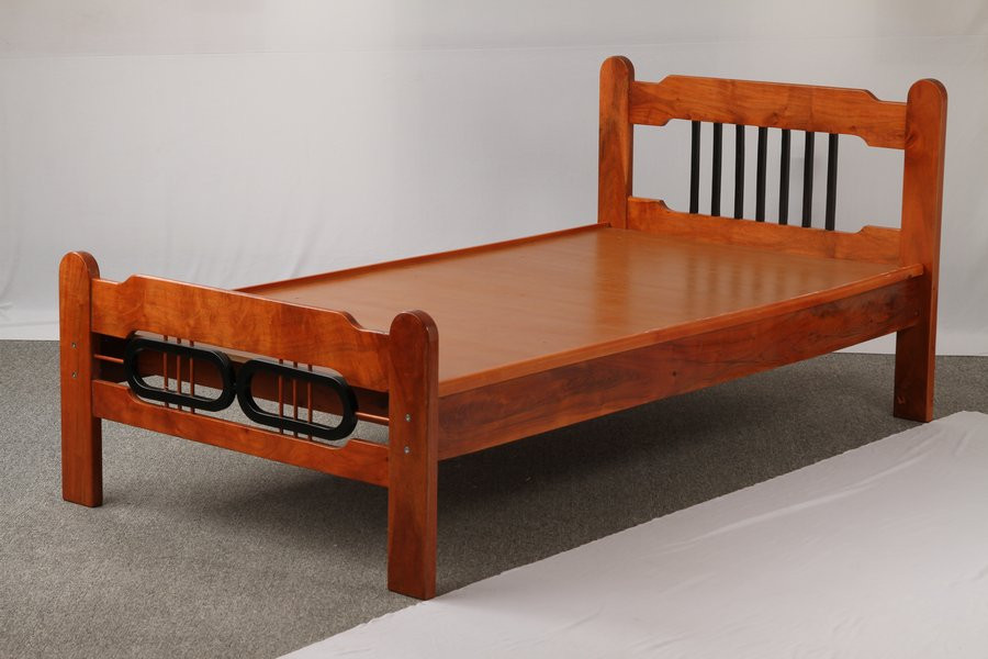 Single cot starting @ Rs.8000