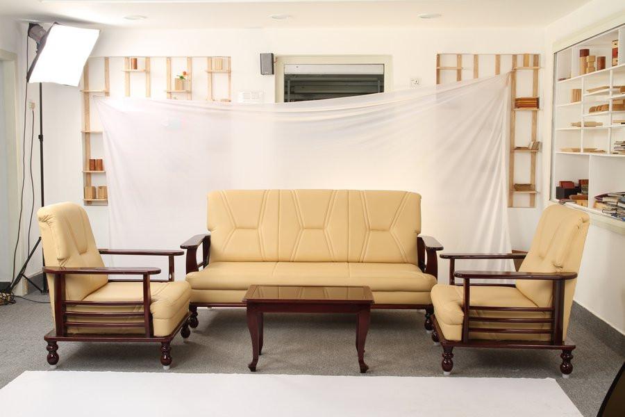 3 seater sofa set starting @ Rs.29200