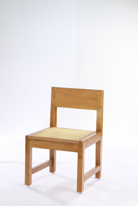 Kids chair_1165 Rs.2000.jpg
