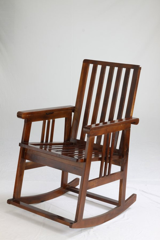 Rocking Chair 0031 Rs.3500.jpg