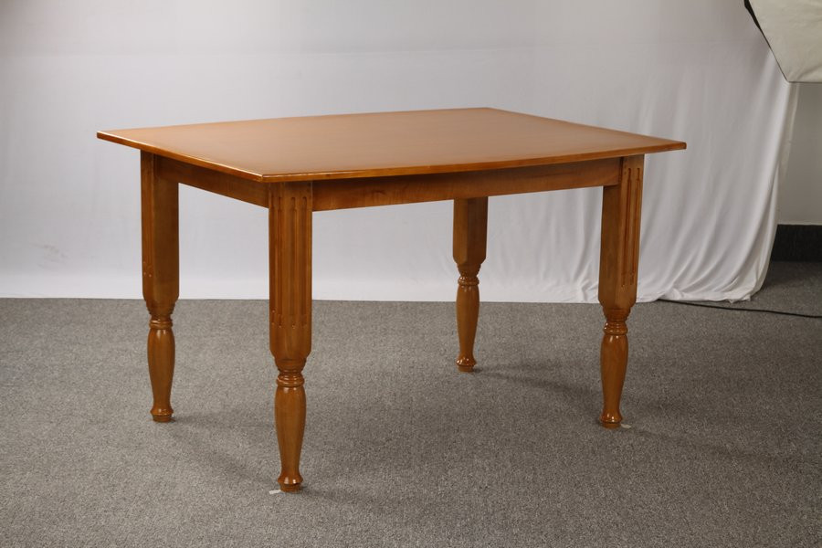 Dining table_02827d Rs.6000.jpg
