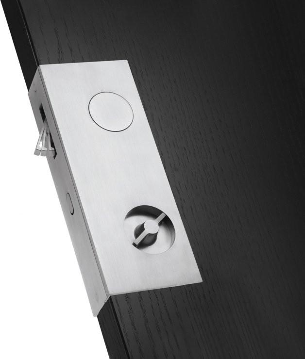 slidehook lock.jpg