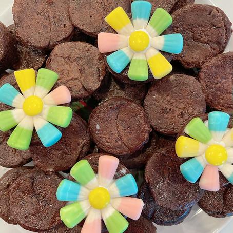 Blooming Brownie Bites