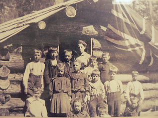 First School in Coombs 1910.jpg