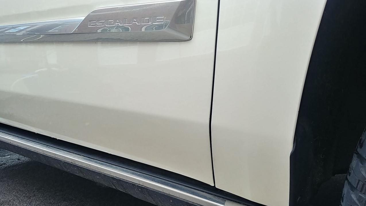 2016 GMC Cadillac Escalade No Tar
