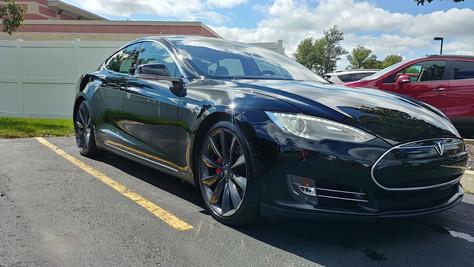 2012-Tesla-Model S-Black.jpg