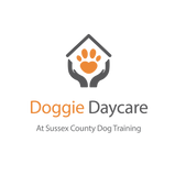 DOGGIE DAYCARE logo1.png