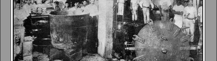 FOTO 13 - Trabalhadores na fábrica de doces