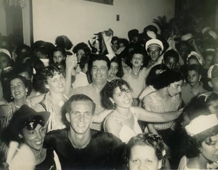 Desfile de carnaval no Clube Mauá