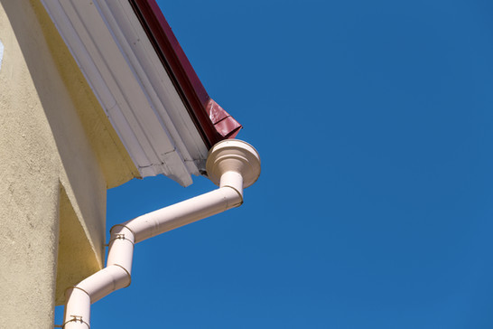 Replacing Rain Gutters And Downspouts