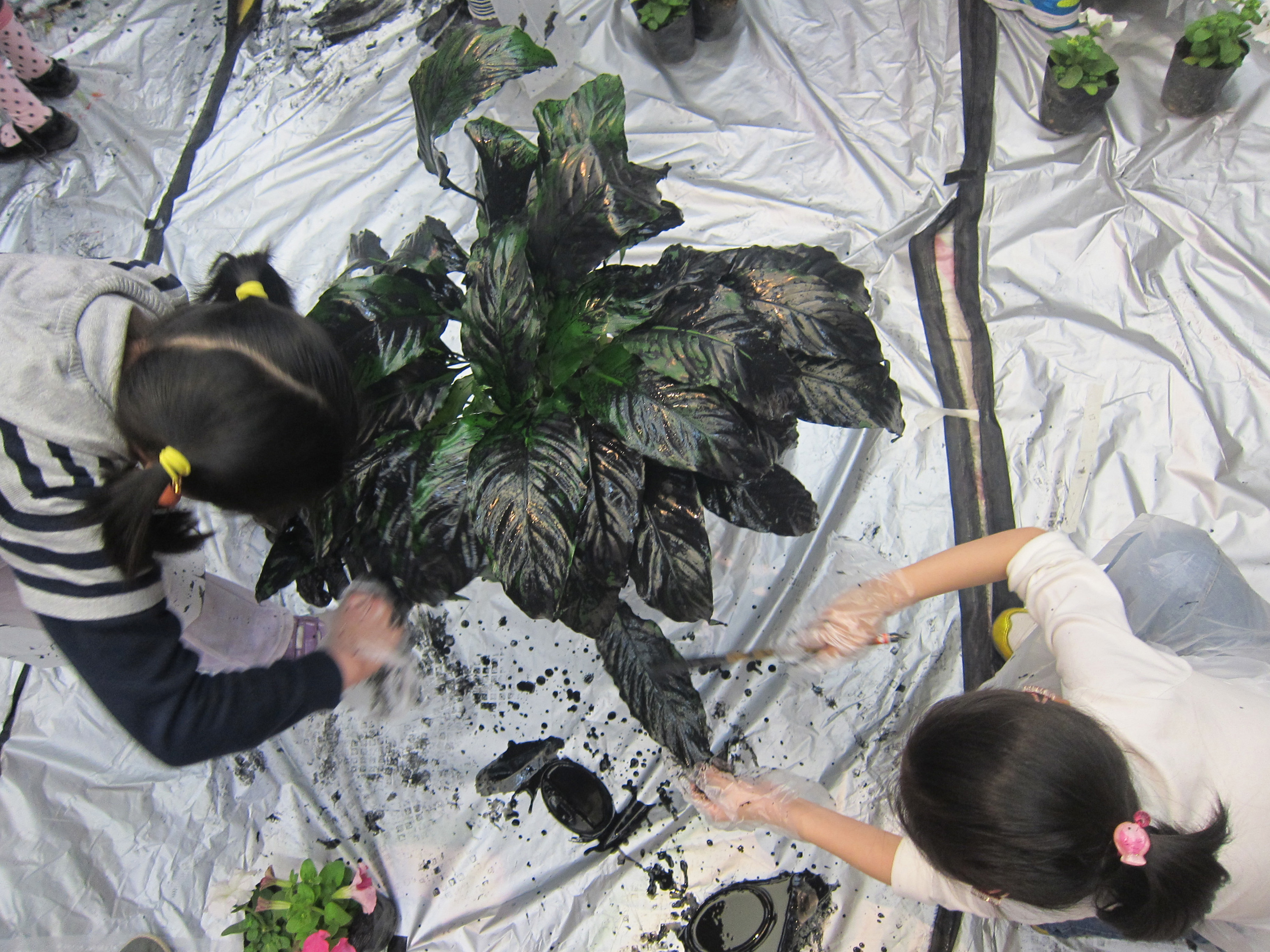 Hanging Garden in Ink workshop