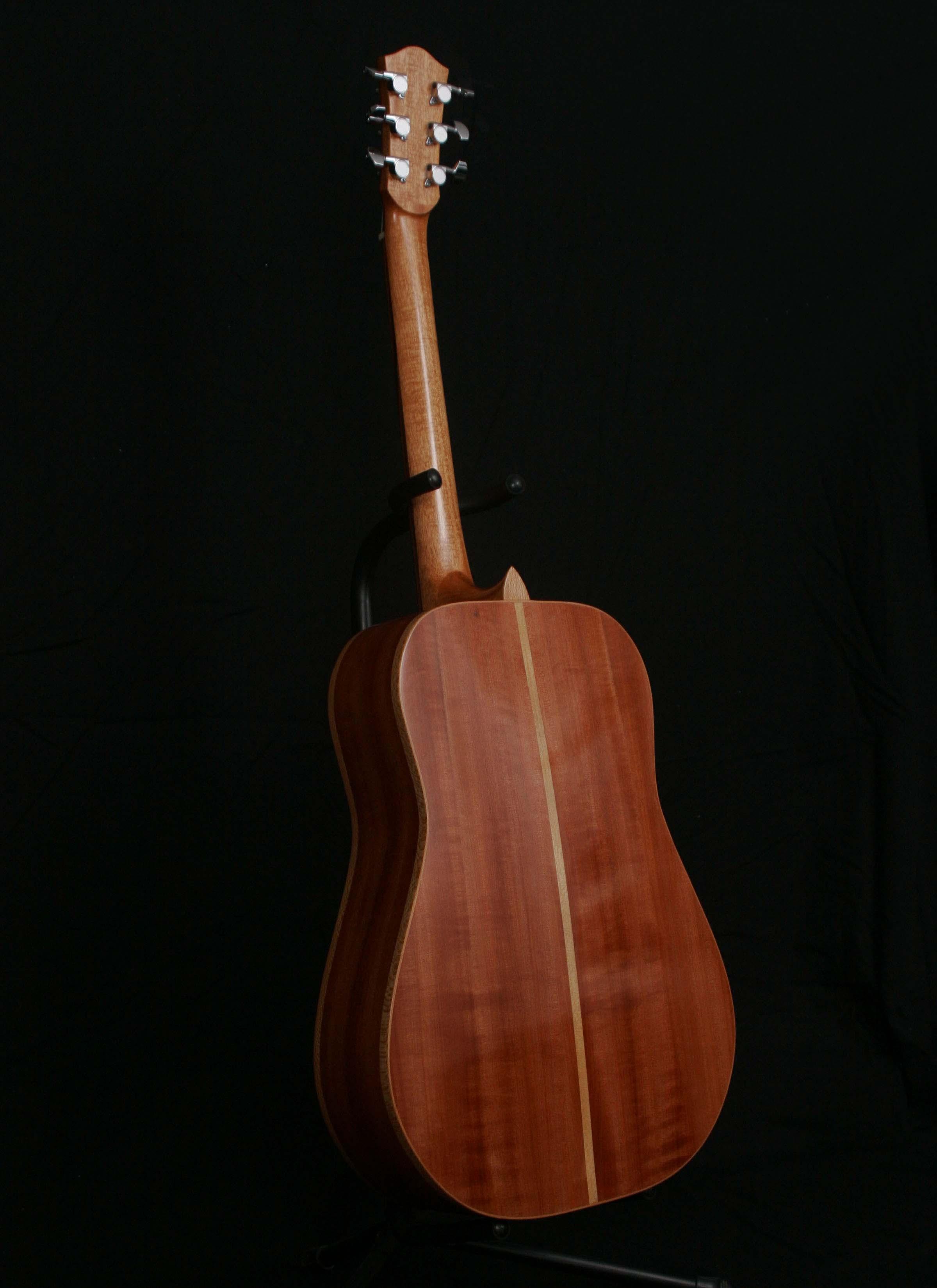 back guitar (Australian Myrtle)