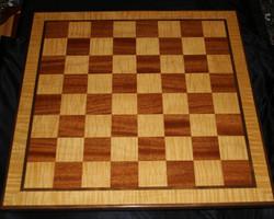 Chessboard Mahogany and fig. Maple