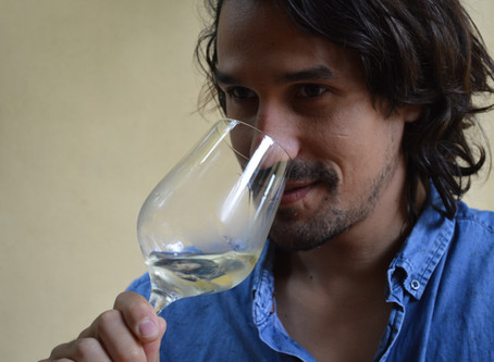 Episode 23: From Bordeaux to Byron Bay – a Winemaker's Mission to Bring Modern Mead to the Masses