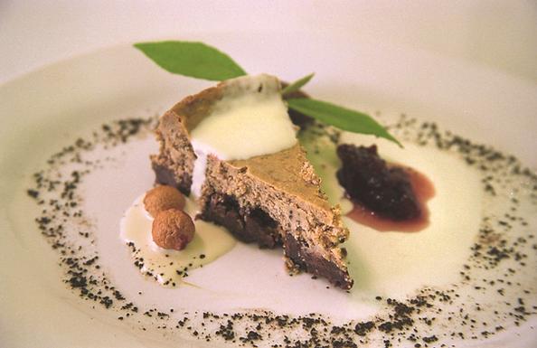Roasted Wattleseed Cheesecake