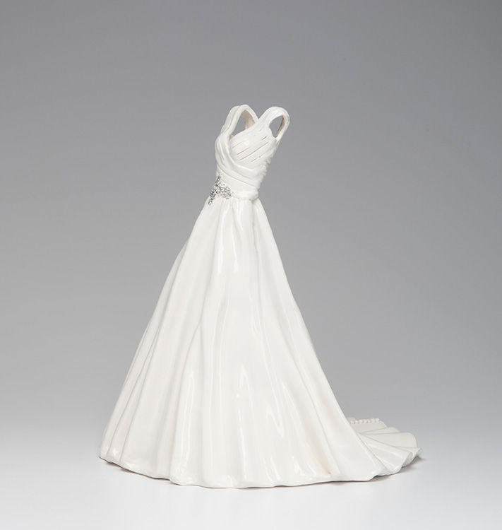 A Unique Gift For Any Bride A Wedding Dress Replica