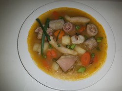 salted pig tail soup