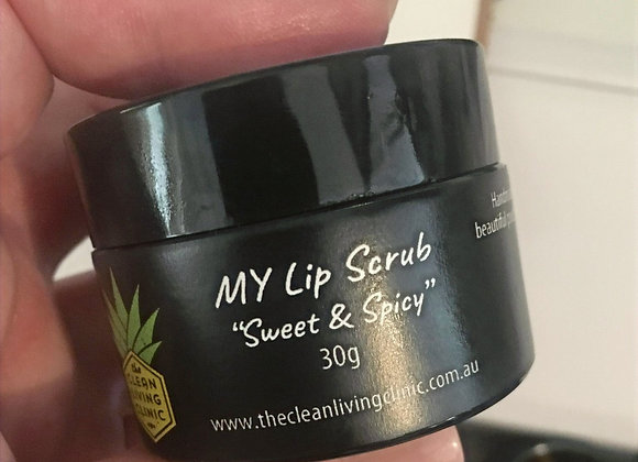 Handmade in the Scenic Rim this invigorating lip scrub will exfoliate & plump your beautiful pout!