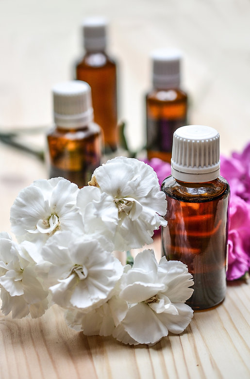 essential-oils-1433693_1920.jpg