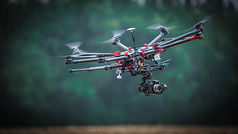 drone-3378073_1920.jpg