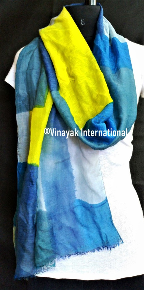 Hues of blue and yellow stole