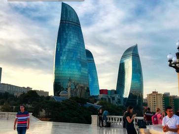 Azerbaijão, o maior país do Cáucaso e palco de paisagens surpreendentes.
