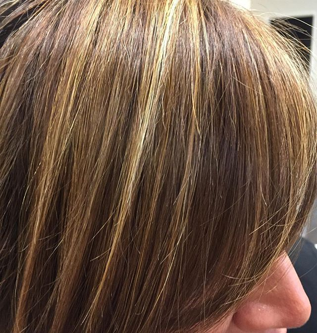 We ❤️ TONES! Stylist Stephanie blended all the perfect tones with these high and low lites! 😍😍Book