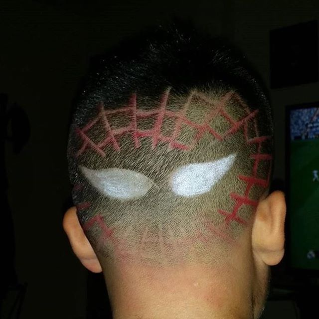 #Halloween is right around the corner, spruce up those cuts with a little design! Book with him onli