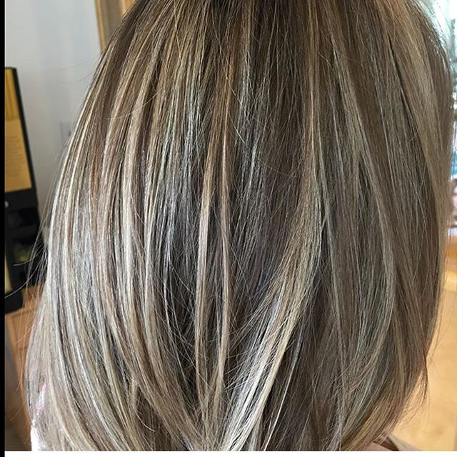 Stylist Cina lets the Highlights do the talking! Book your appointments now! 973-628-7866_FacesPlusS