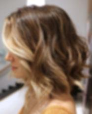 summer-haircut-ideas-wavy-bob-hairstyles