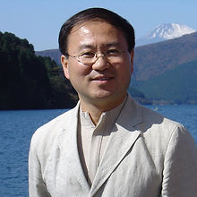 Hu Zhengrong.jpg