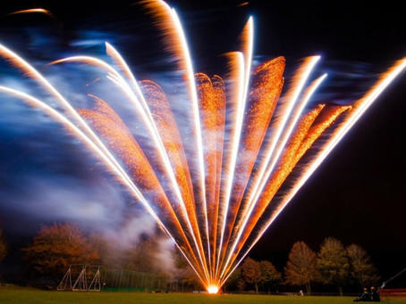 Winkworth Farm (Wiltshire) - Wedding Fireworks by Northern Lights Fireworks