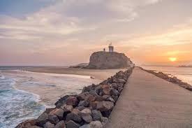 Nobbys Beach Lighthouse Newcastle