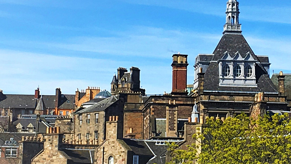 Ultimate guide for your first time in Edinburgh
