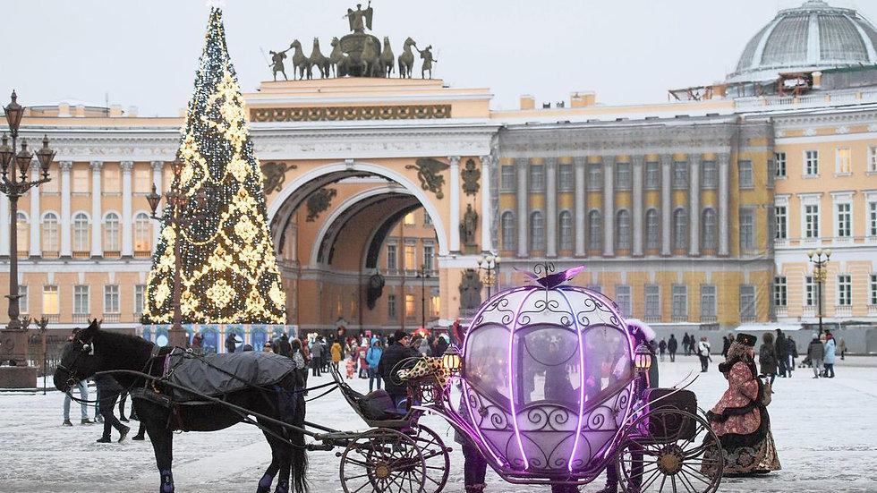 Вместе встретим Новый год, Санкт- Петербург, 5 дней , автобусный тур