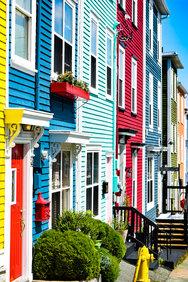 Colourful Neighbors