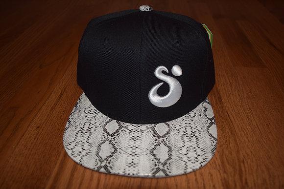 SUNRISE 3D Faux Snakeskin Snapback Black/White