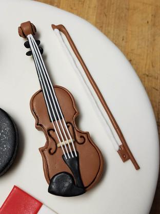 violin topper