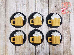 beer mug cupcake toppers
