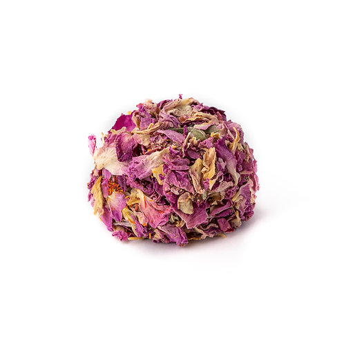 Atom lokum, carrot flavoured & coated with rose petals (1pc)