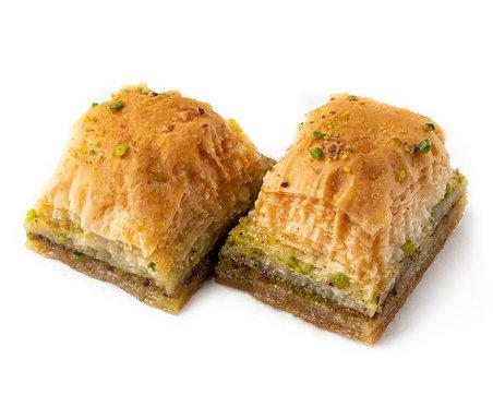 Pistachio Baklava, 2 slices (100 g)