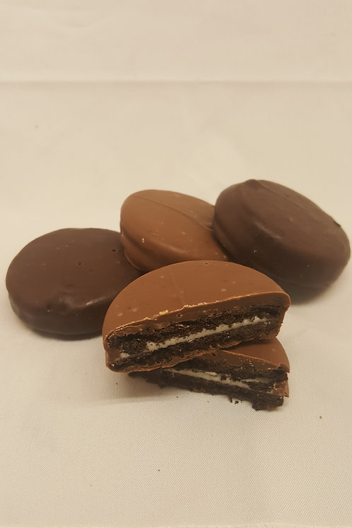 Chocolate Covered Oreos (2 count)